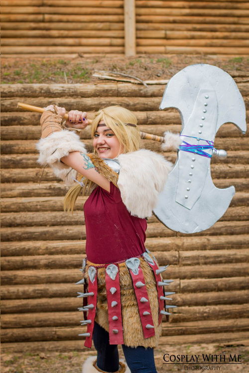 astrid how to train your dragon 2 cosplay
