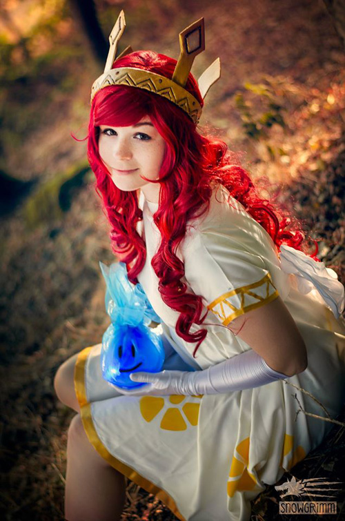 Aurora from Child of Light Cosplay