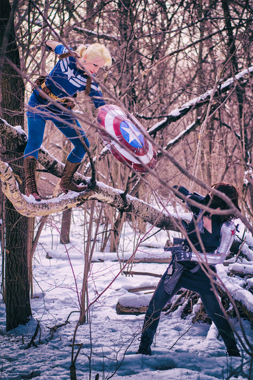 Captain America vs. Winter Soldier Cosplay