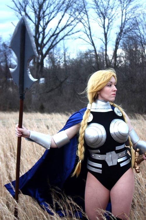 valkyrie-cosplay-01.jpg