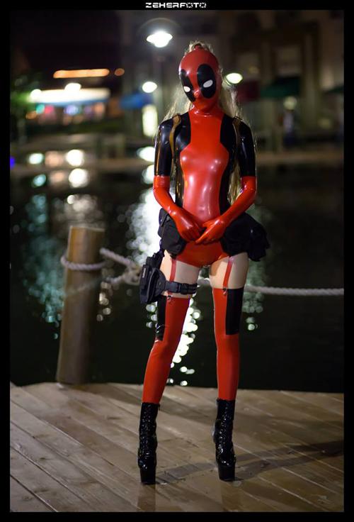 Latex Lady D... Lady Deadpool Cosplay Costume