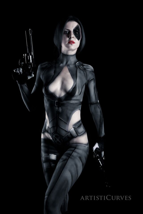 Domino Body Paint