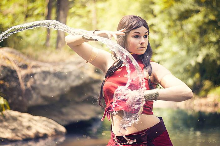 katara from avatar cosplay