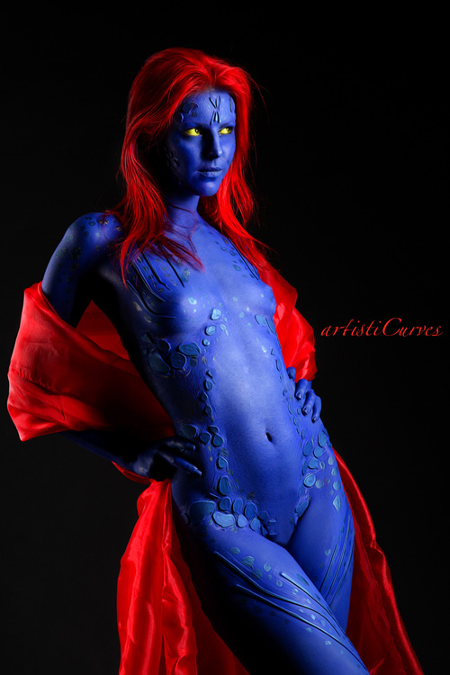 Body Painter/Photographer: ArtistiCurves: www.geekxgirls.com/article.php?ID=3999