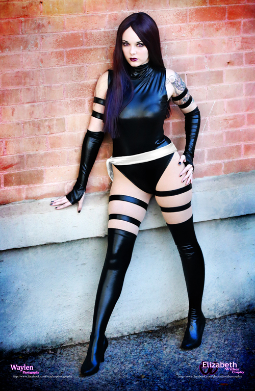 A latex girl black latexthigh high pac boots - 4 4