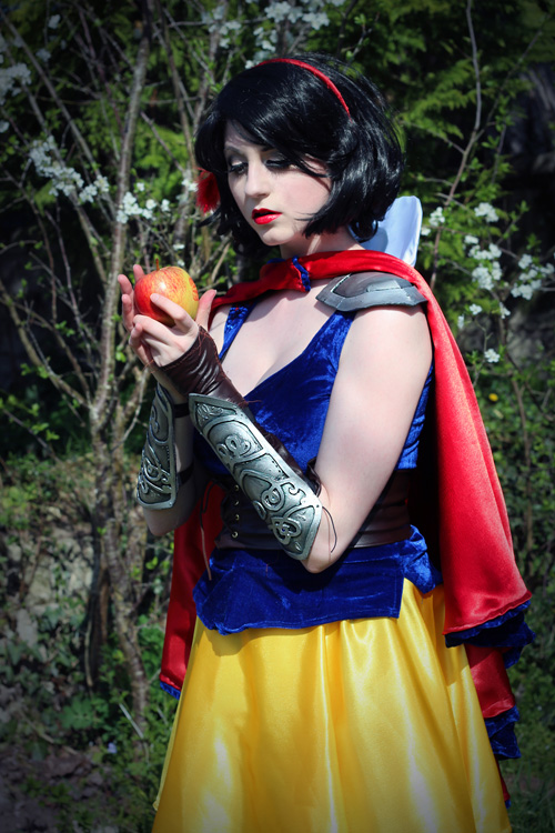 Snow White Warrior Cosplay
