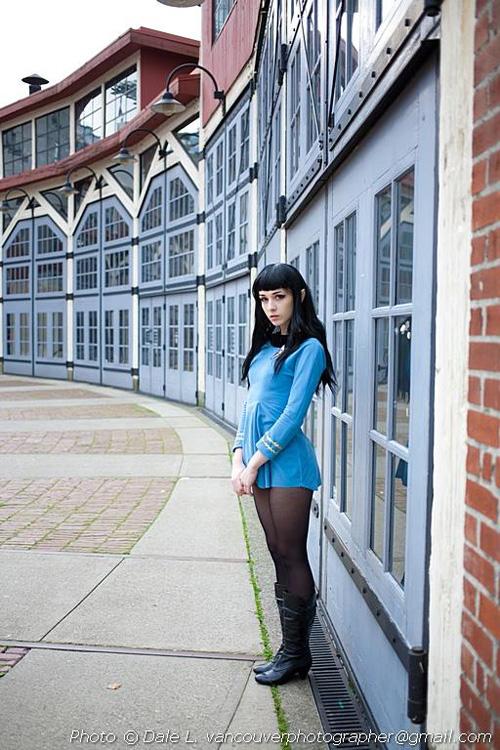 female spock cosplay