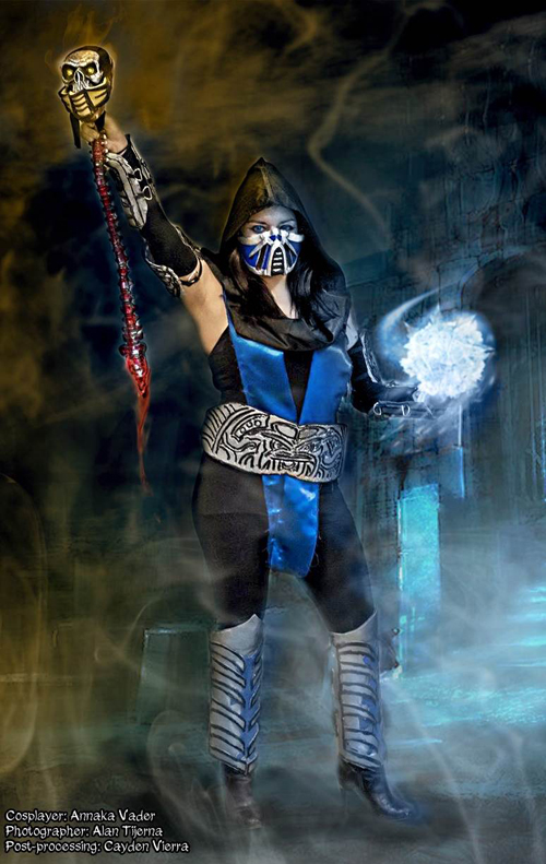 Female sub zero cosplay