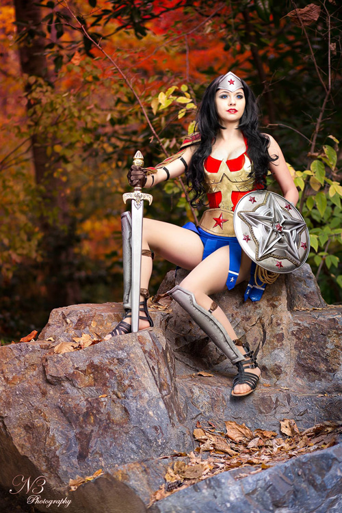 Gladiator Wonder Woman Cosplay
